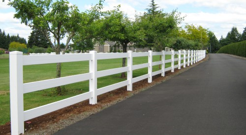 Commercial Vinyl Gates and Fencing