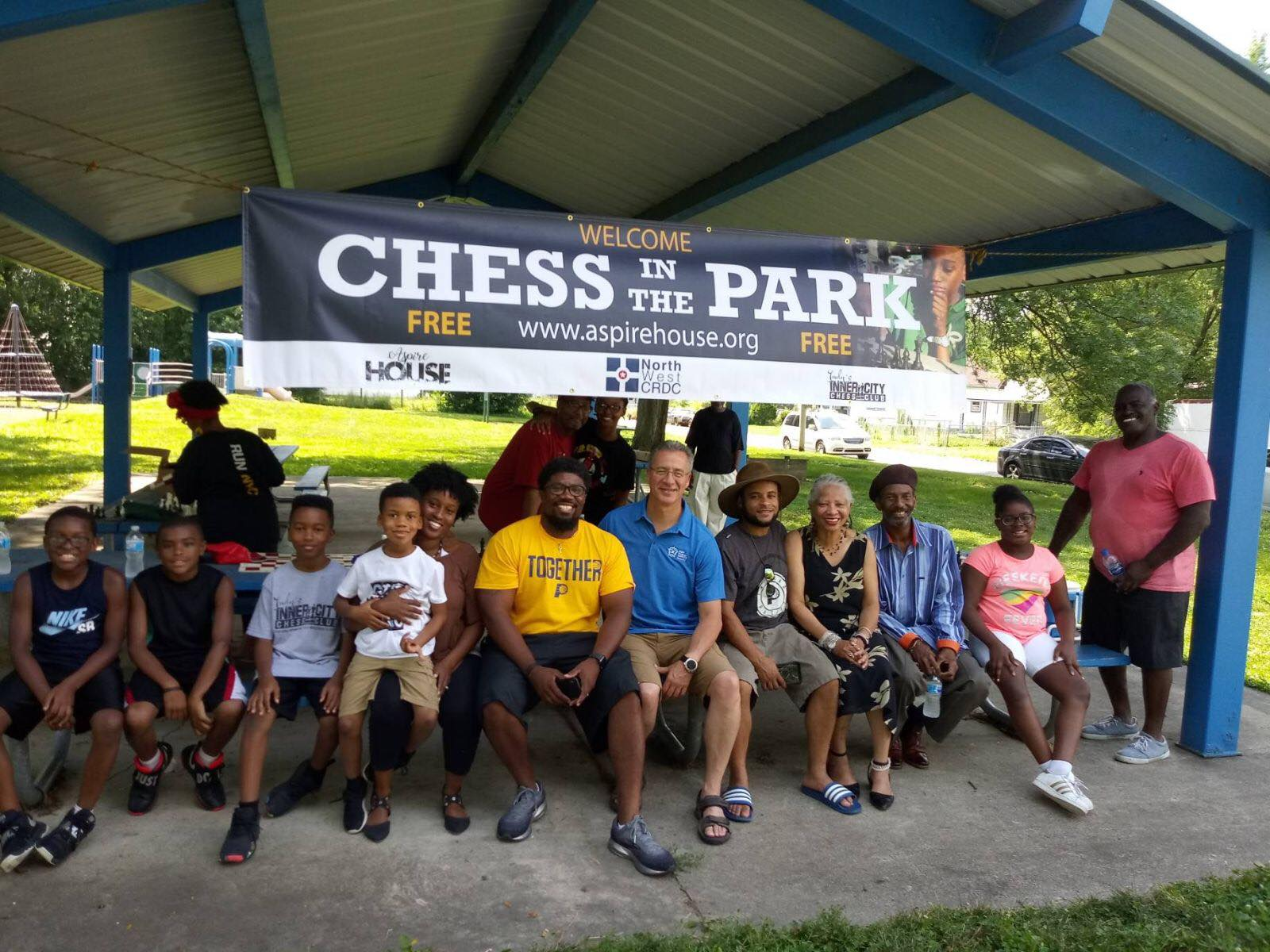 2m.Chess In the Park 2