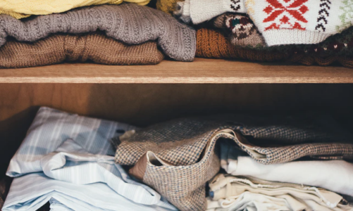 How to Declutter Your Closet: A Step By Step Guide to Getting Rid of the Mess