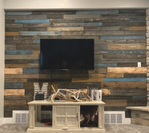 Blue accent pallet wall tv wall
