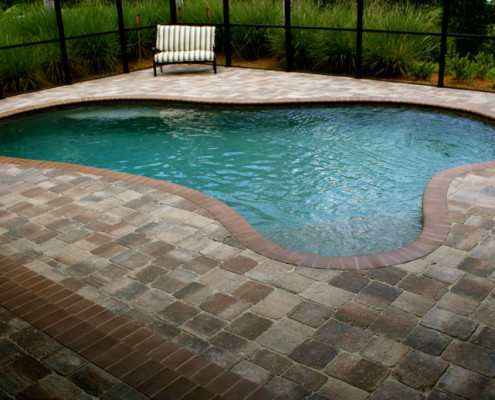tumbled brick paver pool patio 16