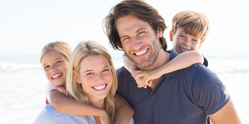 A prosthodontist formulates a comprehensive treatment plan