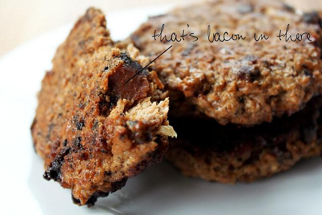 Gluten-free bacon spiked turkey burgers