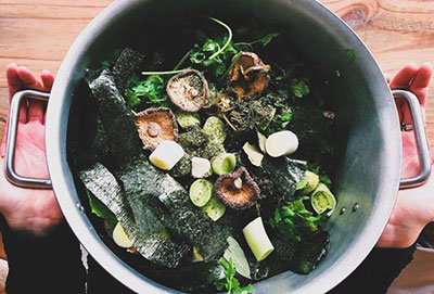 Super-Charged Vegetable Broth
