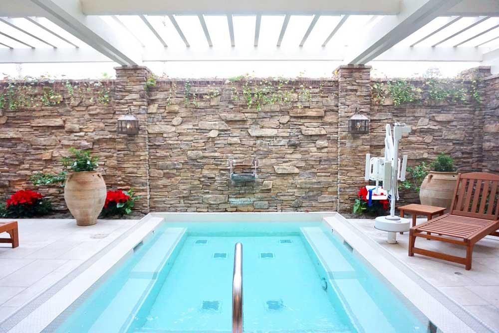 Custom indoor small plunge pool