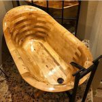 Wood Beauty–the Tub and the Entry