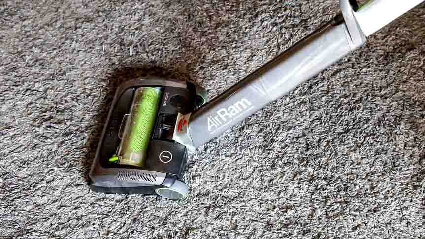 how to clean an area rug on hardwood floor