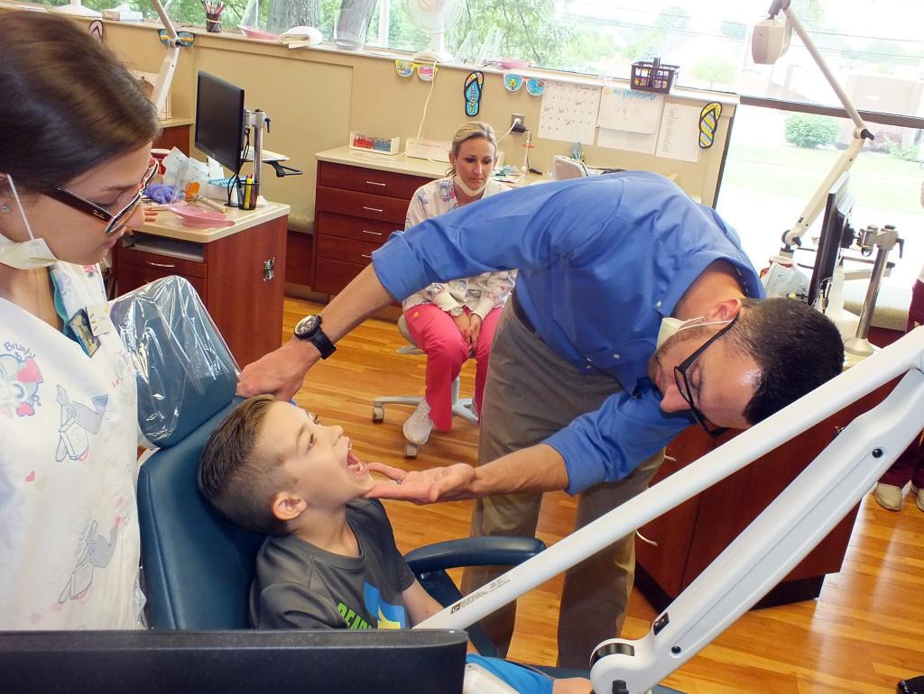 orthodontic-office-visit