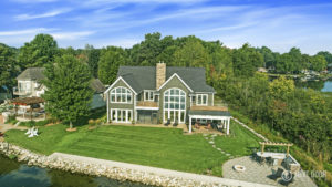 Waterfront home builder