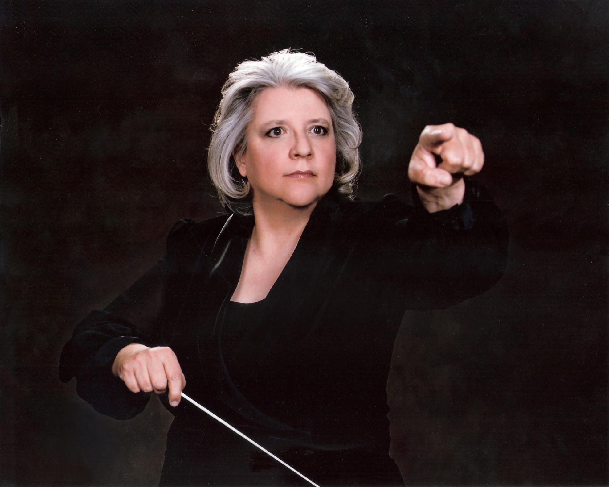Nyela Basney, conductor