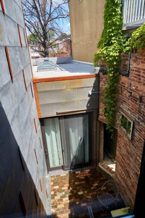 E1507 Courtyard