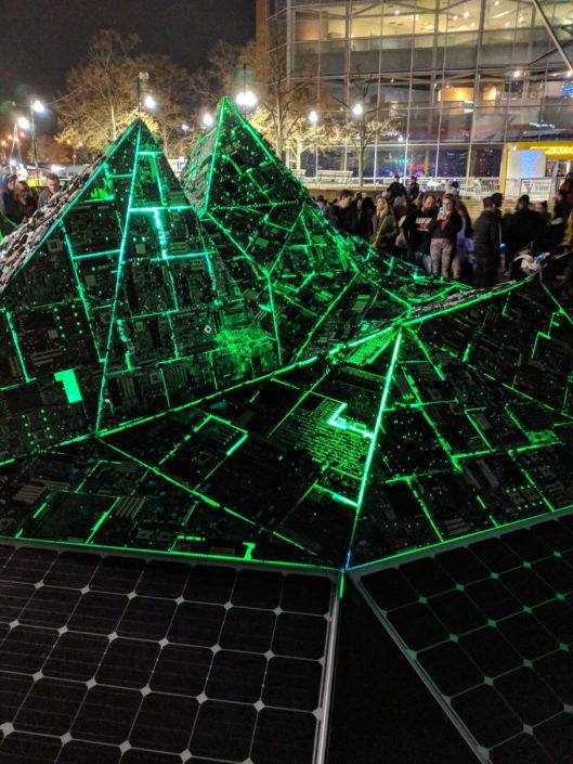 Digital waste creates Light Art