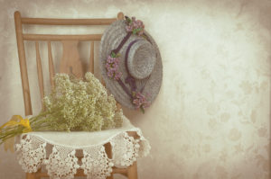 Bereavement gifts, memorial keepsakes, flowers, candles, jewelry, picture frames, and more