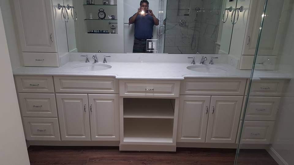 DOUBLE SINK BATHROOM