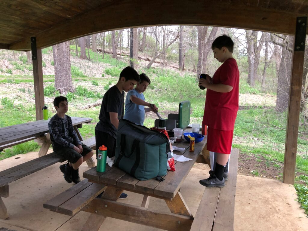 Scouts Learning to Cook 2019