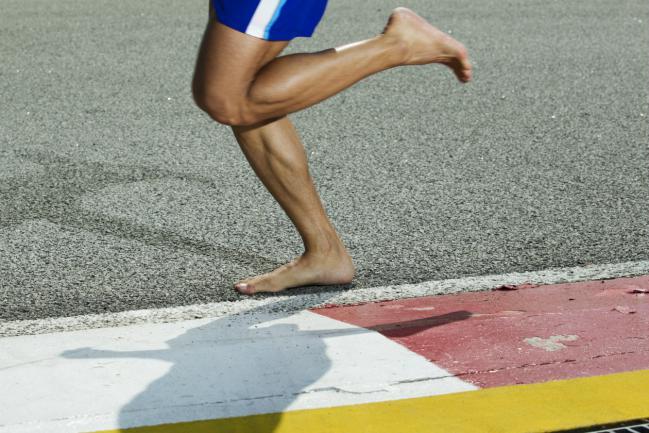 Correr-descalzo-los-beneficios-y-riesgos-del-barefoot-running-2