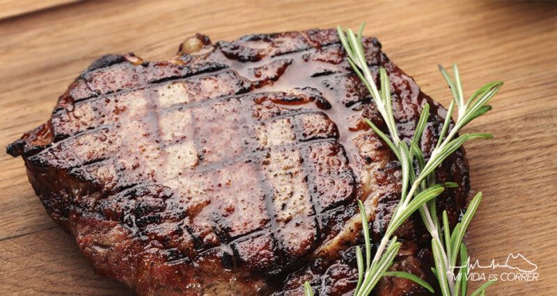 cuánta carne debe comer un deportista platillo