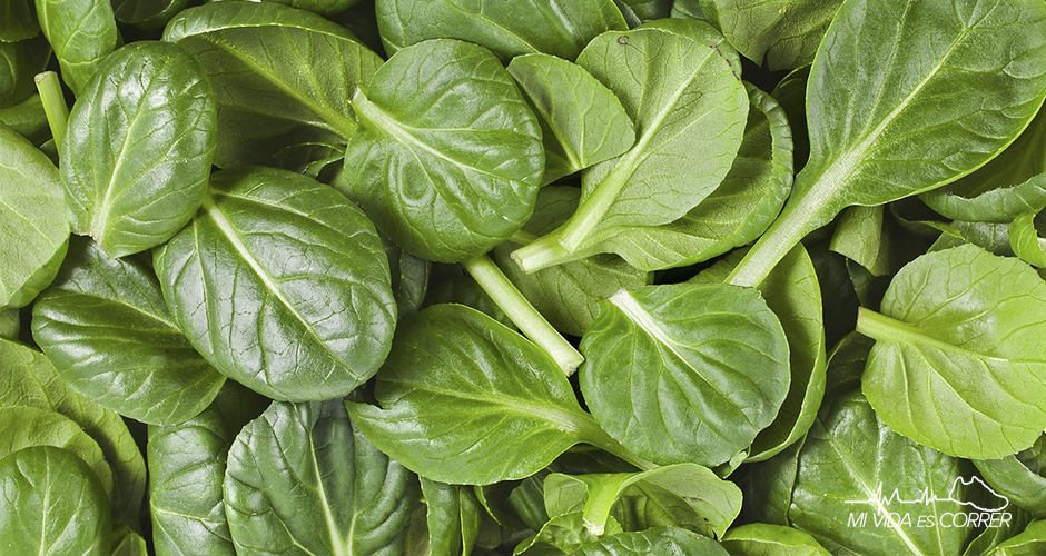 beneficios de las espinacas alimento