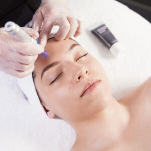 microneedling training course in montreal and laval beauty school esthetics course
