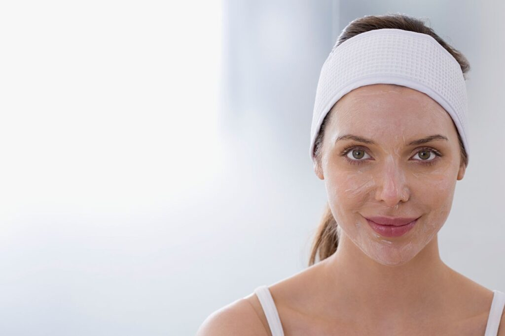chemical peel on the skin of a facial spa client in montreal