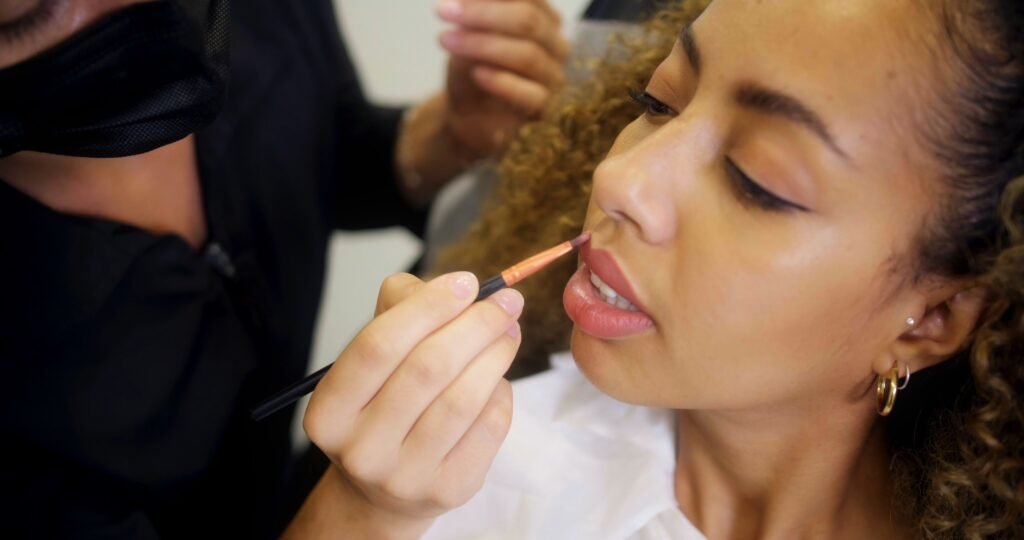 makeup facial procedure on ethnic skin client in laval