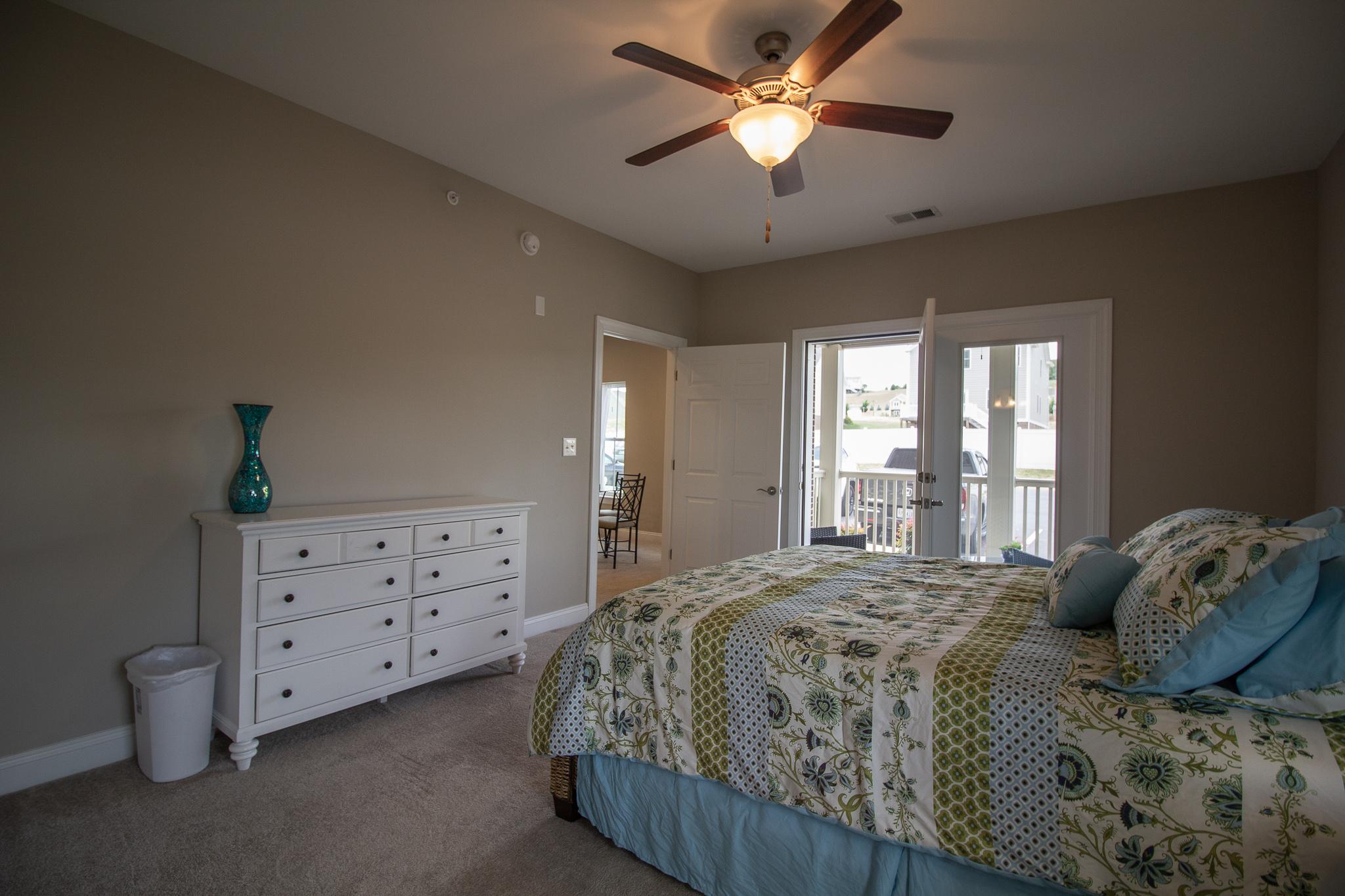 condominium in fishersville
