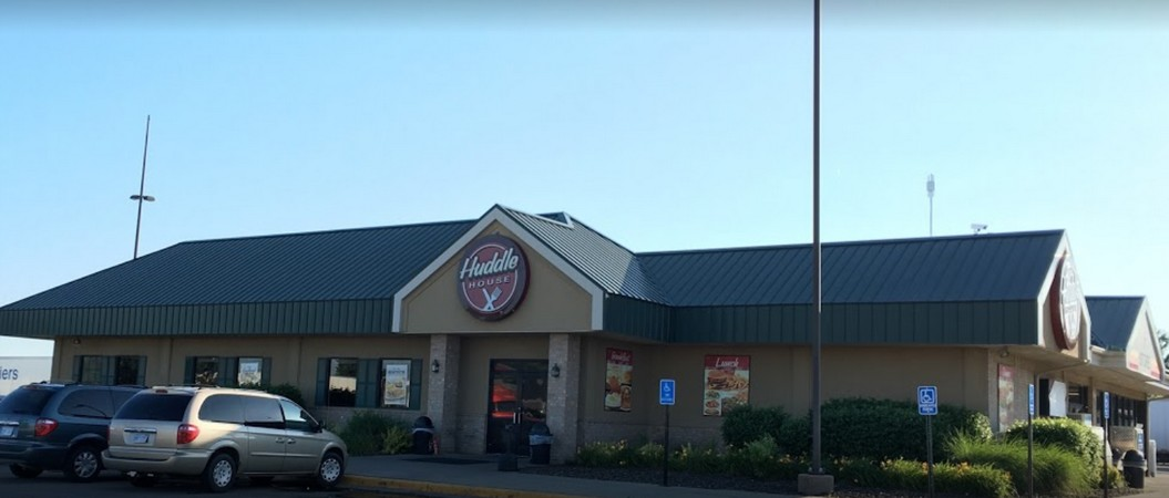 Huddle House in Emporia flubs restaurant inspection, 8 violations, staff have problems with proper hand washing says inspector