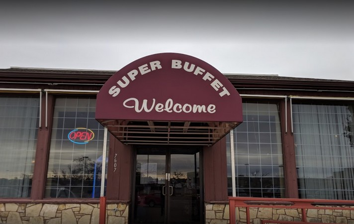 Inspectors say Super Buffet in Wichita fails inspection after teenage roach and fresh rodent droppings found following complaint