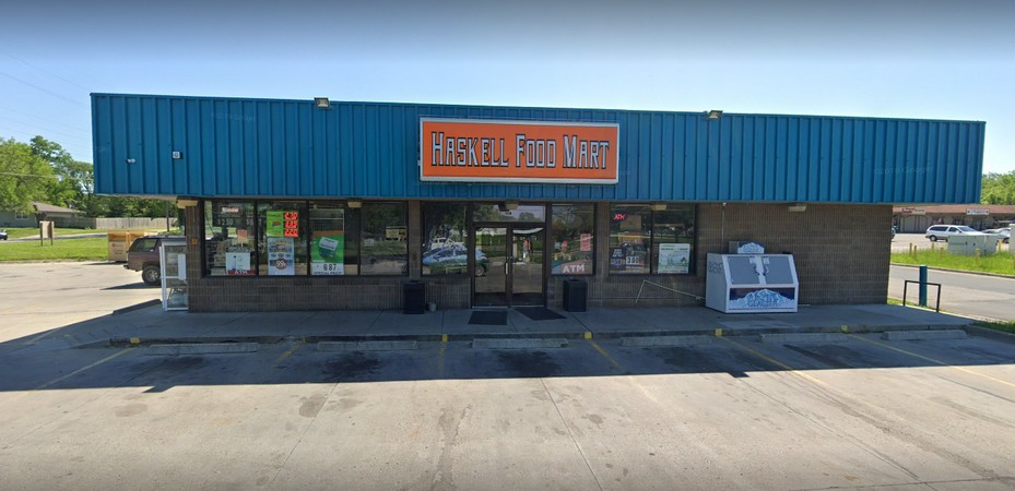 Haskell Food Mart in Lawrence fouls inspection; Ordered to only sell prepackaged food as hot water is inconsistently available