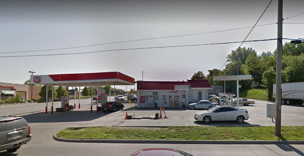 Phillips 66 Quick Shop in Kansas City slapped with 10 violations; lively juvenile roach on kitchen counter, 15 fresh mouse droppings under soda fountain