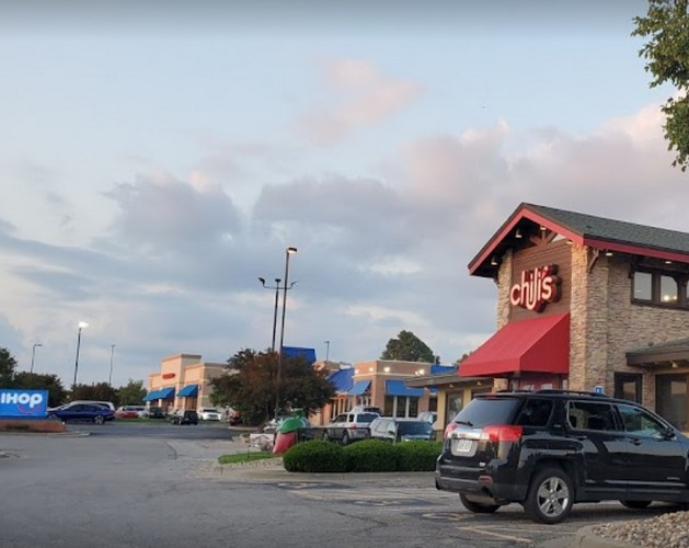 Merriam Chili's Bar and Grill fouls inspection; Juvenile roach was crawling up the walls in prep area