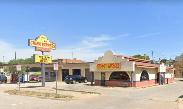 Topeka's China Express blunders complaint inspection; Fifty rodent droppings under dining room soda fountain