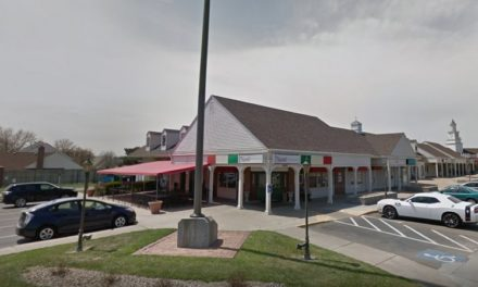 4 violations at Paisano's Ristorante in Topeka;  Employee handling food without washing hands, expired food found on-site