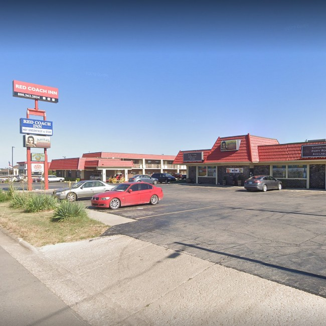 Anita's Mexican in El Dorado fouls inspection; flies landing on clean dishes and on food prep surfaces