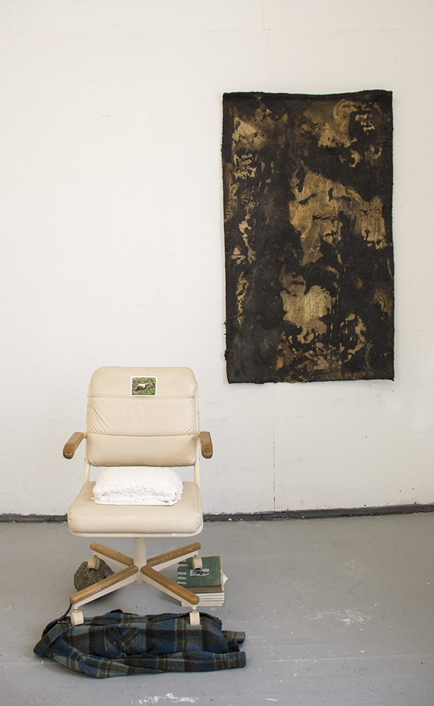 05_The_Learners_Polar_Bear_Chair