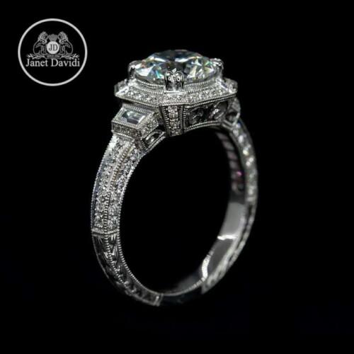 White Gold Diamond Filigree Hand Engraved