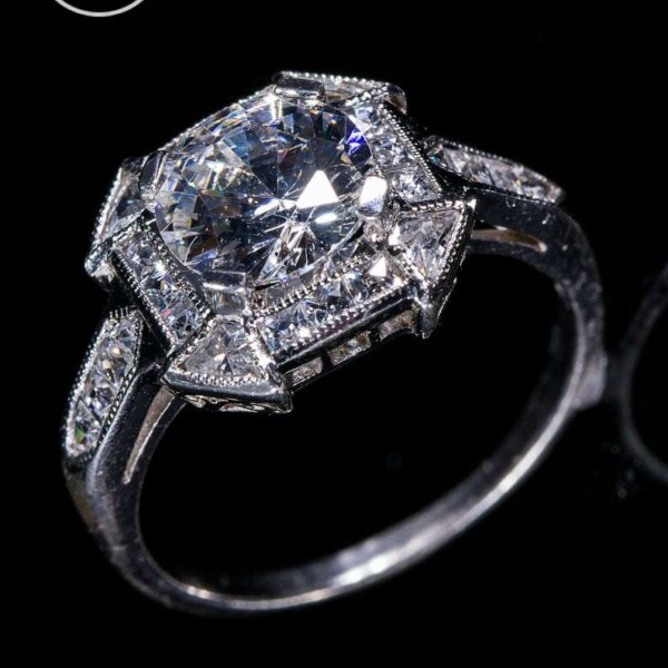 18 KWG or Platinum Natural Diamond