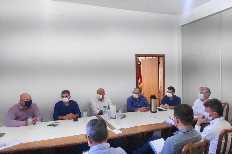 Prefeitos e líderes regionais discutiram o andamento do projeto