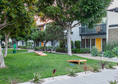 The Parsons Apartment Homes Courtyard with Pathway