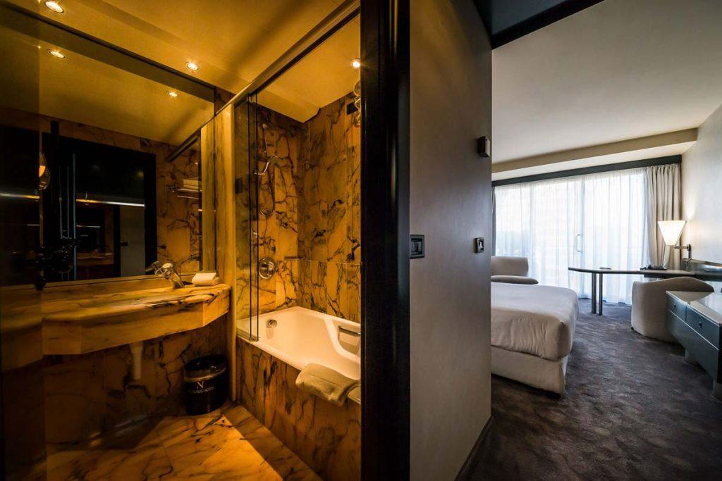 Nicolaus Hotel Room - Bari