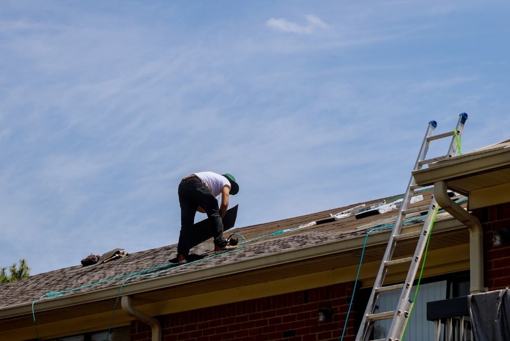 How do I know when my roof needs to be replaced 1