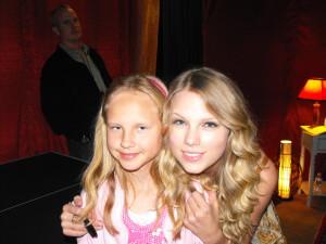Hannah and Taylor