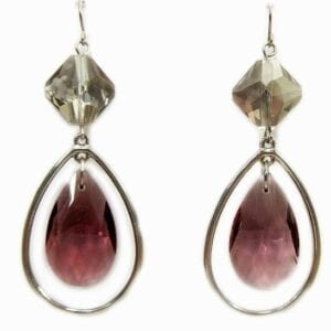 earrings with geometric design and violet crystal