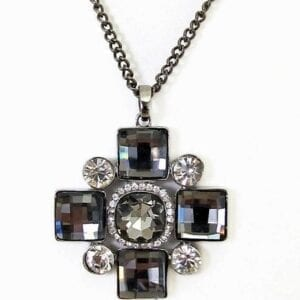 necklace pendant with square gems and circular crystals