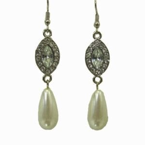 earrings with silver pendant and teardrop pearl gem