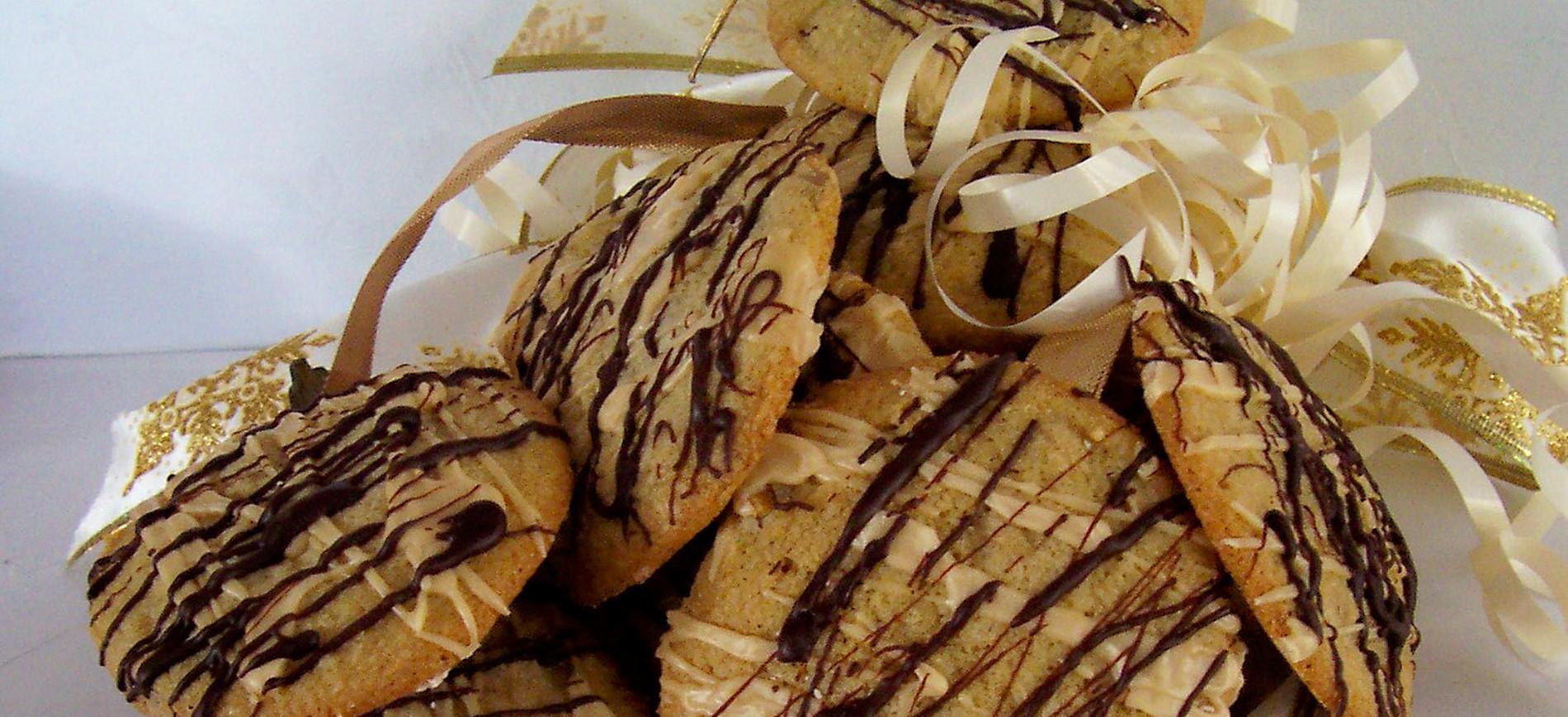 White Mountain Mudslide Cookies & Ivory & gold ribbon