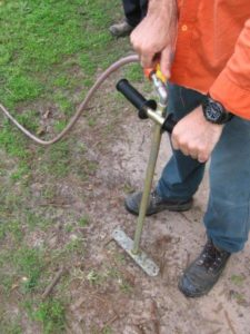 arborist soil injection tree 225x300 Pest and Disease Diagnosis and Treatment