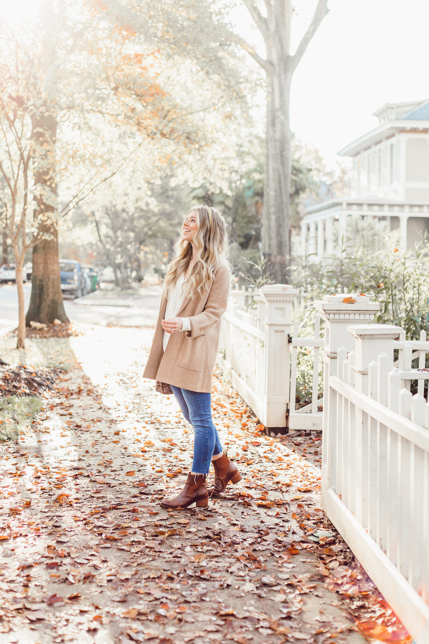 What to Wear to Friendsgiving   Knotted Front Waffle Top, Casual Sweater Blazer featured on Louella Reese Blog