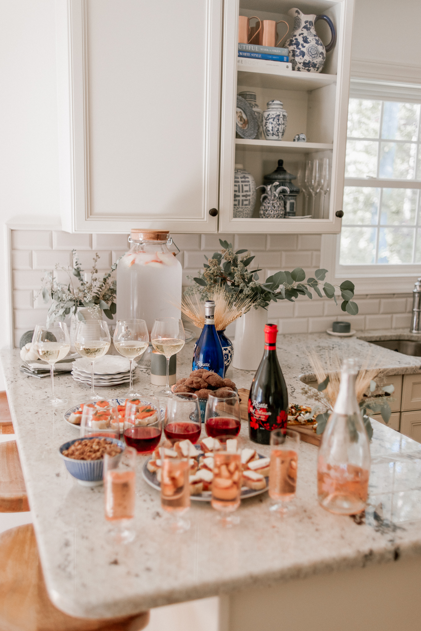 Holiday Wine and Appetizer Pairings with Risata Wines | Holiday Hosting | Louella Reese