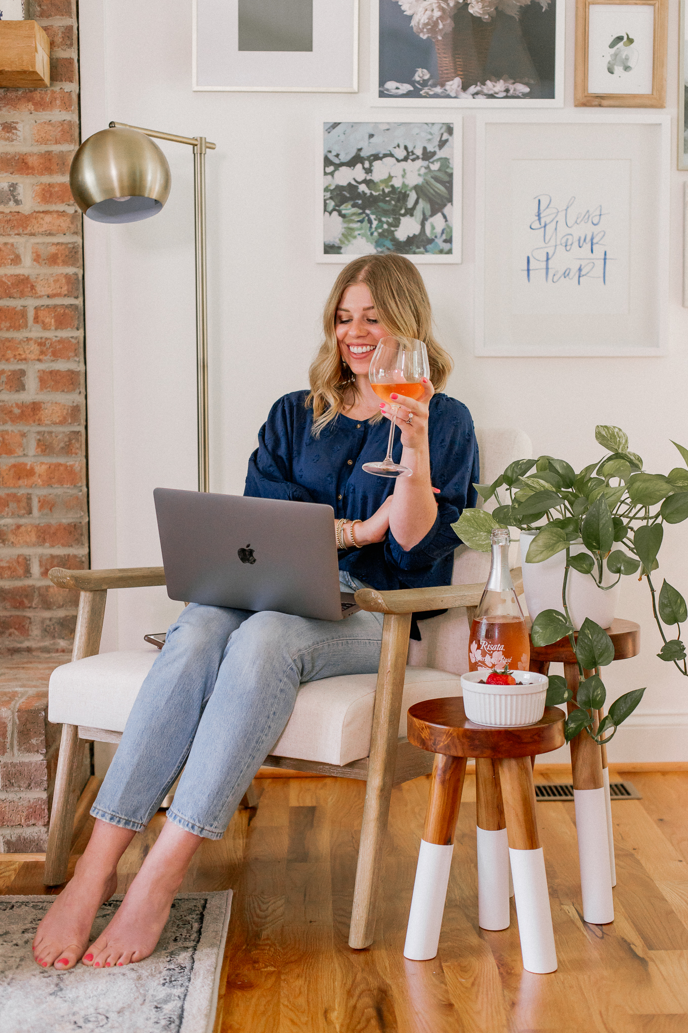 7 Steps to Hosting the Ultimate Virtual Happy Hour | Louella Reese